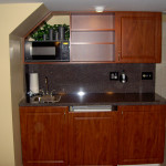 Wet-bar-with-fridge